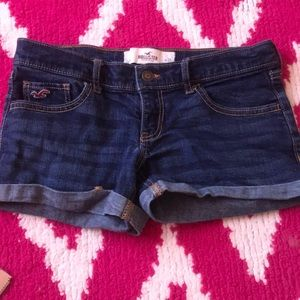 Hollister Shorts - HOLLISTER Low Rise Shortie